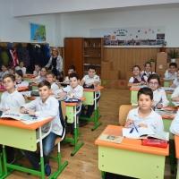 scoala-gimnaziala-nr-59-sala-de-clasă